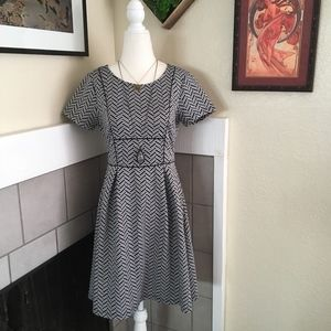 Everleigh zig zag geo structured fit n flare dress